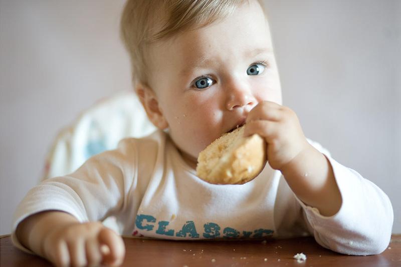 Pane-amore-fantasia-un-programma-di-sviluppo-mondiale-menteamica
